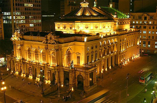 Resultado de imagem para fotos do teatro municipal de sp